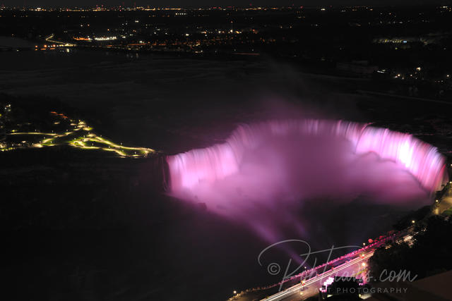 Horseshoe Falls at night from Skylon Tower ll _DSC0091