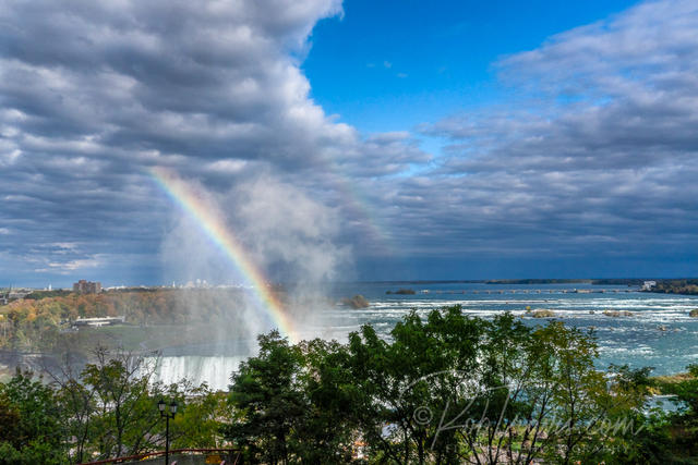Horseshoe Falls - Rainbow from my Room _DSC0334