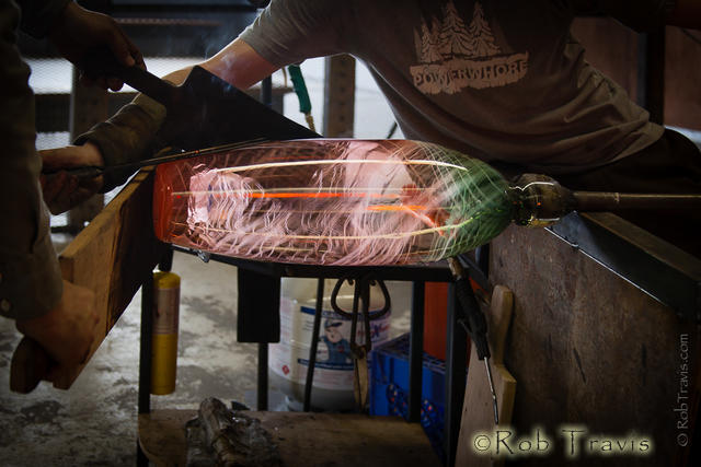 Billy Guilford, assisted by Geoff Koslow. Lexington Glass Works