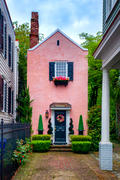 Pink house on Tradd Street